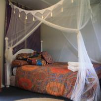 Cabins Room 3.JPG
