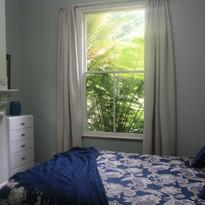 Cottage Room 1.JPG