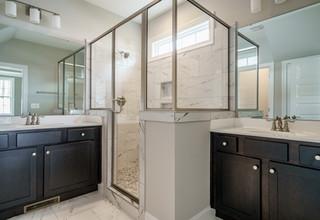 020_Master Bathroom.jpg