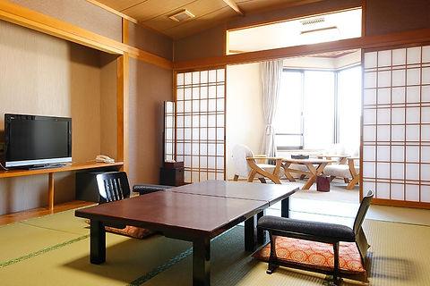①部屋 基本和室10畳.jpg
