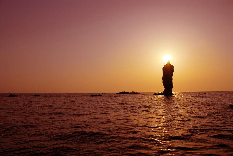 ローソク島(1).jpg