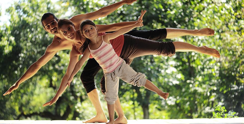 Family Yoga Online (Family)
