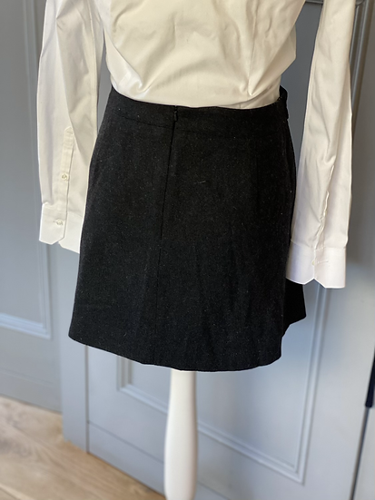 Mint Velvet grey wool mini skirt. Uk16 rrp£79