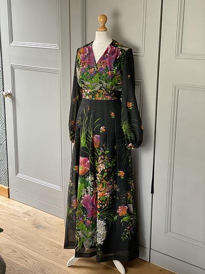 70s maxi dress. Black/florals. 6/8