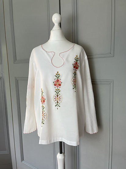 Vintage white top floral embroidery UK10-12