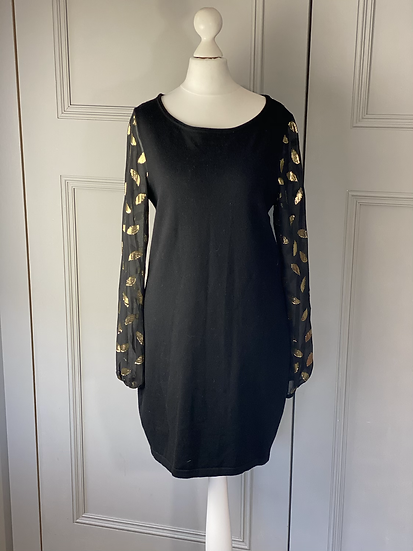 DVF black knitted dress with chiffon  gold sleeves and back. Small