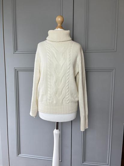 N Peal cream cable cashmere. medium. £375