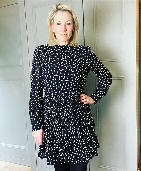 Warehouse black/white polka dot dress. Uk12