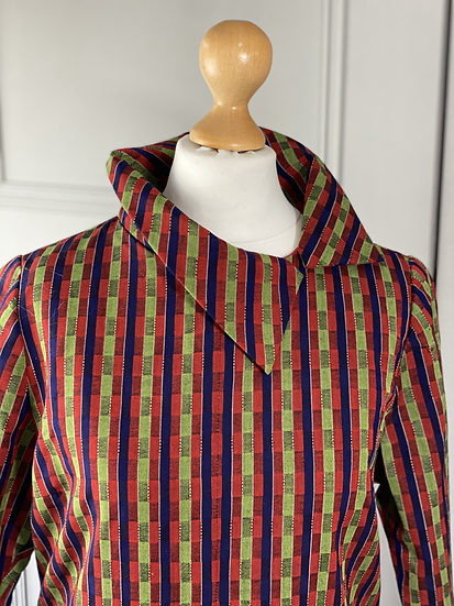 Vintage checked dress with amazing collar! UK 10/12