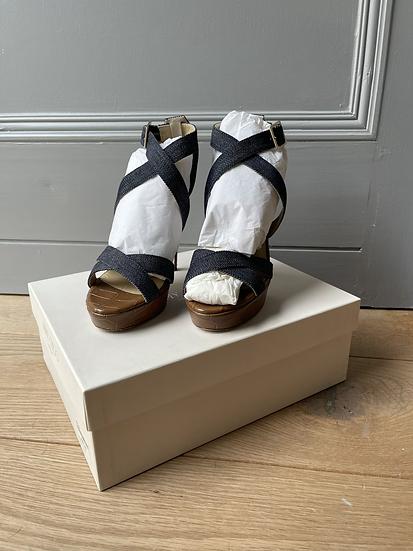 Jimmy Choo platform sandals Size 35.5 rrp595