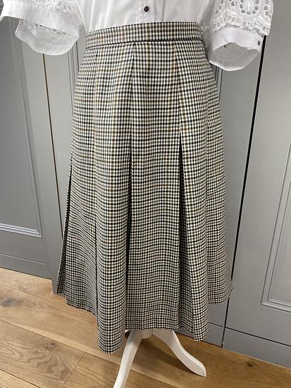 Vintage country tweed wool skirt UK12/14