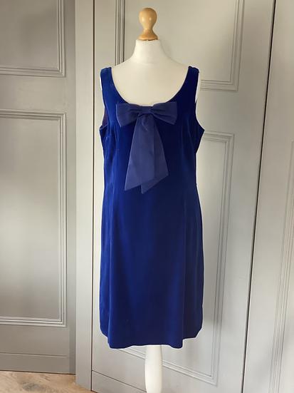 Vintage Victor Josselyn blue velvet dress with bow. 12/14 £45