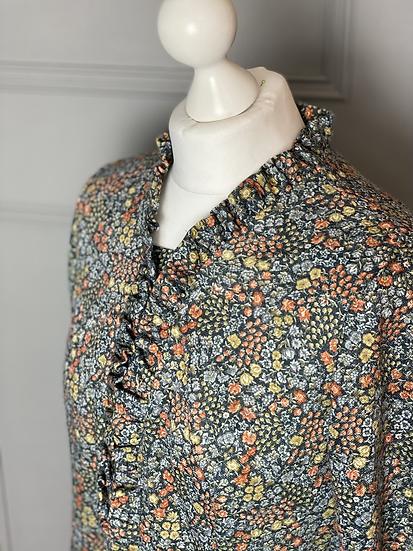Vintage jersey dress with ruffles. Uk10/12