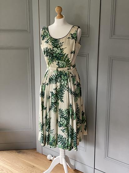Vintage 50's cream/green dress with belt UK10/12