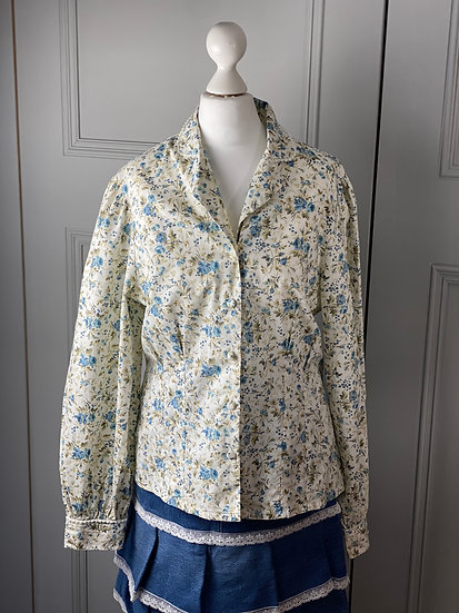 Vintage Laura Ashley cream/blue floral blouse UK12/14 modern size