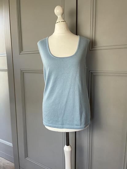 Oscar de la Renta cashmere baby blue vest top.  UK 8-12 rrp£485