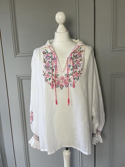 Vintage boho style embrodiered blouse UK. Large