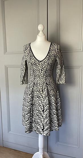 Issa London wool stretch dress. Uk 10 rrp£440