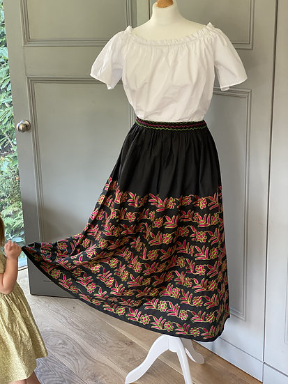 Vintage 70s Mexican midi skirt UK 12-16