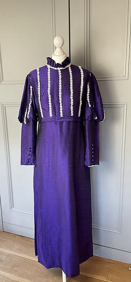 Vintage Victorian style Purple beautiful maxi dress. Uk 12