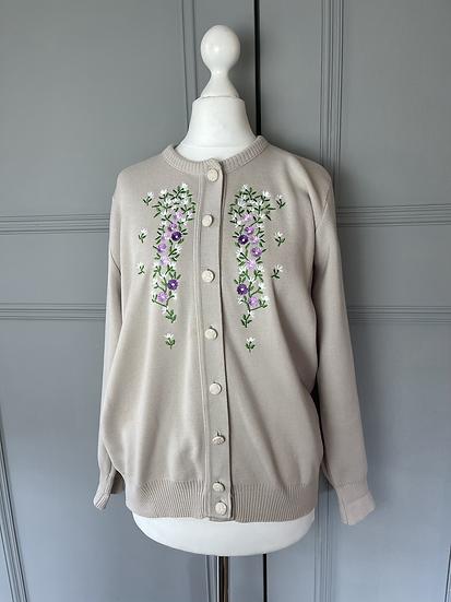 Vintage embroidered cardigan UK 12