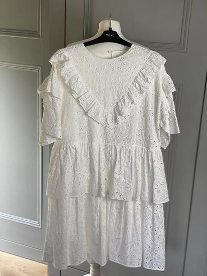 Sister Jane cotton anglaise dress. Large rrp£120
