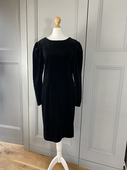 Vintage black velvet shift dress Uk 10/12