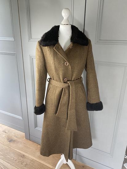 Vintage heavy wool brown tweed coat with faux fur UK8/10