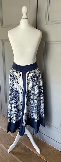 Vintage East blue/white skirt Uk10/12