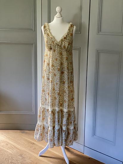 Vintage prairie floral dress UK8-12