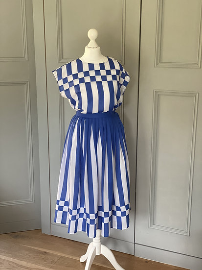 Vintage 80s blue/white two piece top/skirt UK6-8