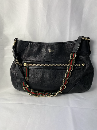 Gucci black leather shoulder bag with gold chain