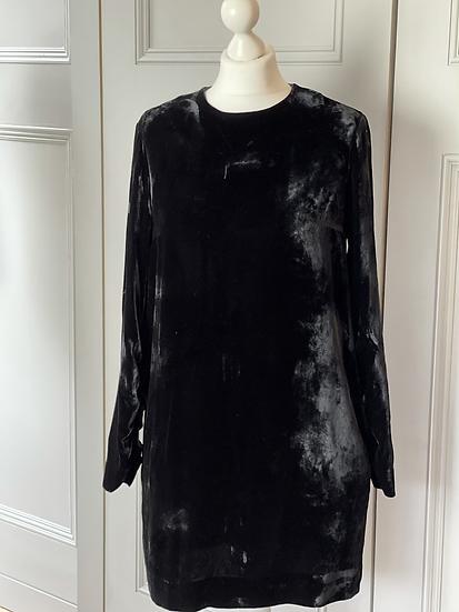 COS Black velvet shift dress size 10-12