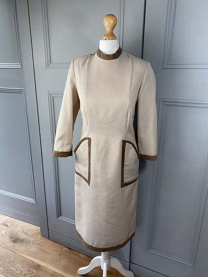 Vintage cream/brown tweed dress with velvet trim. UK6/8