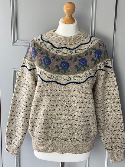 Vintage wool floral jumper. Uk12/14