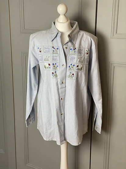 Vintage cottage core embroidered shirt. 12/14