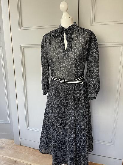 Vintage black/white belted dress. Uk 10