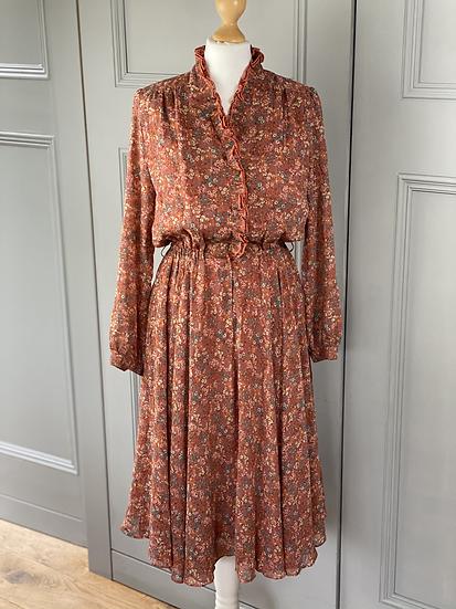 Vintage chiffon orange/metallic thread knee length dress. UK8/10