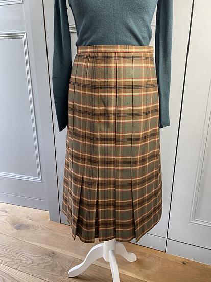 Vintage Tweed wool skirt UK12