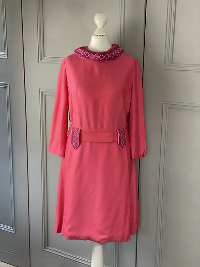 Vintage 70s pink silk shift dress with beading. Uk10/12