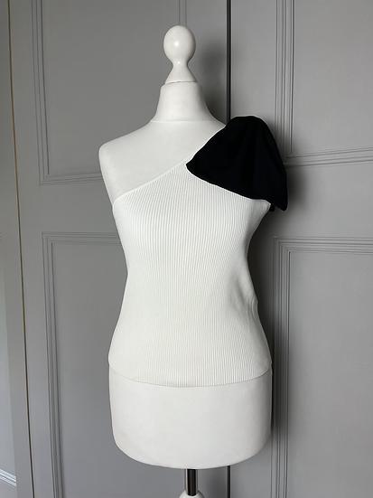 BNWT Zara one shoulder top UK M
