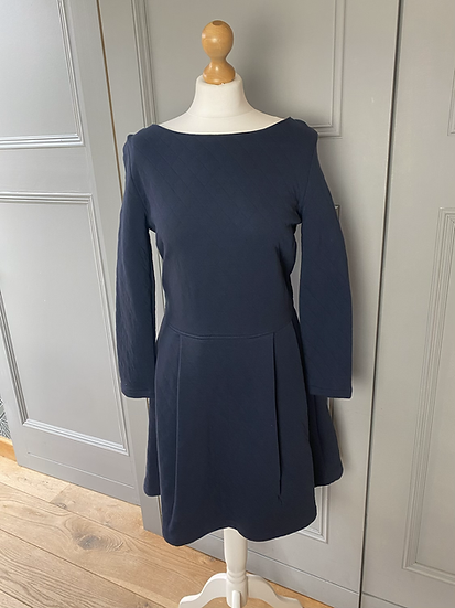 Petit Bateau BNWT ladies navy quilted jersey dress. Medium