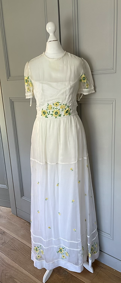 Vintage white embroidered maxi dress  Uk8