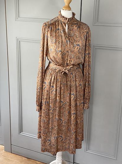 Vintage paisley day dress. UK 10/12