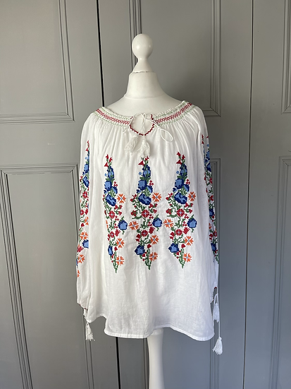 Vintage style white embroidered shirt UkM/L