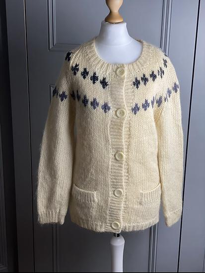 Vintage Britton's of Paris wool cardigan (M)