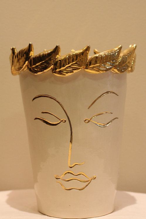 Faces vase medium