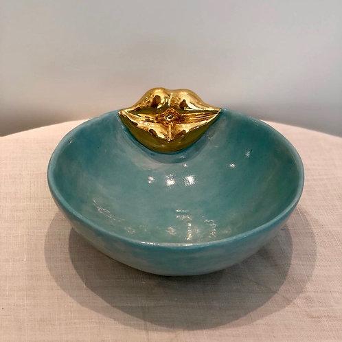 Kiss bowl medium