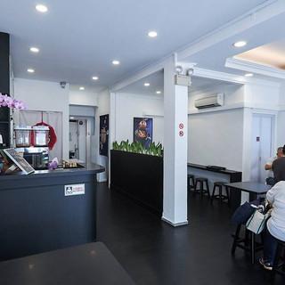 chef-kang-prawn-noodles-restaurant-inte
