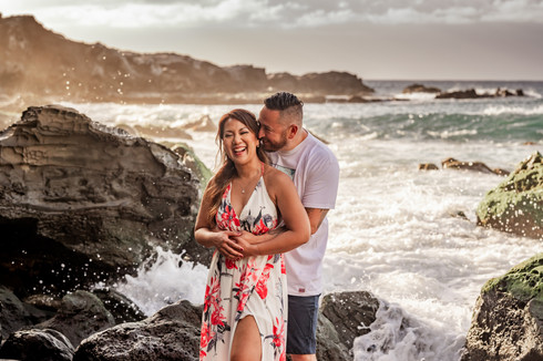 engagement session in Maui